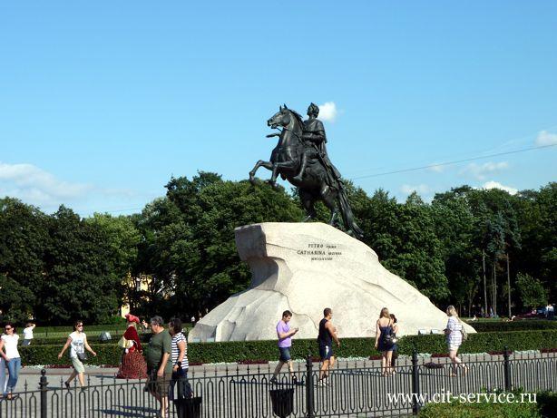 Обзорная экскурсия в Санкт-Петербурге