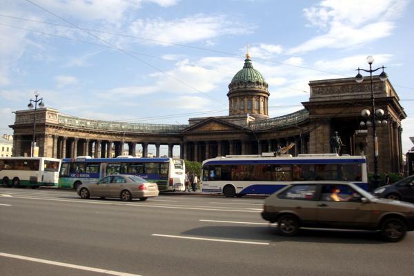 Общественный транспорт в Санкт-Петербурге.